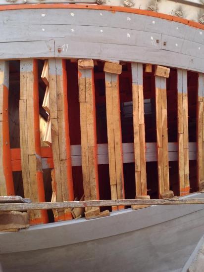 2013-10-19-26-agadir-le-port-les-chantiers-navals-bois-12.jpg
