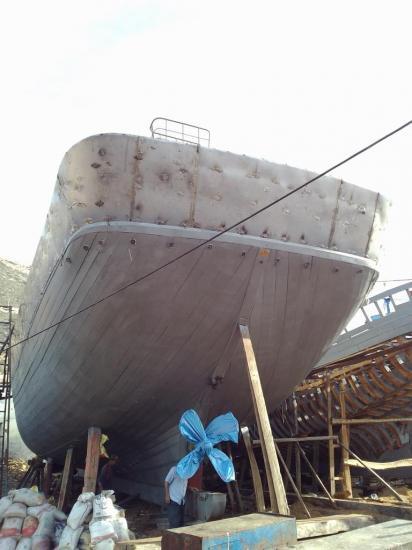 2013-10-19-26-agadir-le-port-les-chantiers-navals-bois-13.jpg
