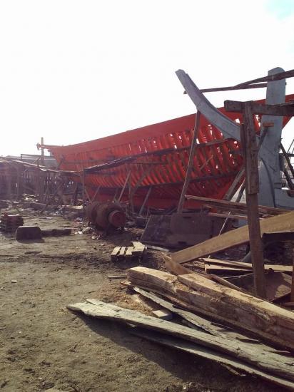 2013-10-19-26-agadir-le-port-les-chantiers-navals-bois-5.jpg